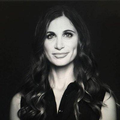 Laura Schreffler | Social Profile