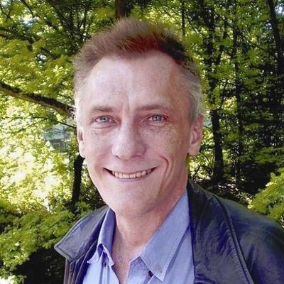 Tim Skellett Social Profile