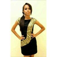 Aline Reis | Social Profile