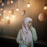 aisya hasnaa | Social Profile