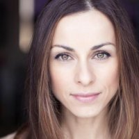 Lindsay Armaou | Social Profile