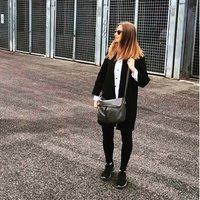 Hannah Symons | Social Profile