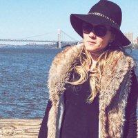 Rebeca Kessler | Social Profile