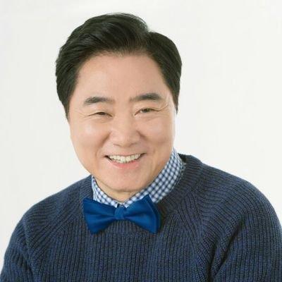 이석현 | Social Profile