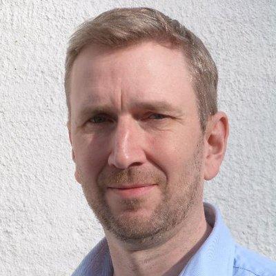 Robert Hutton | Social Profile
