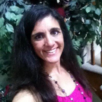 LisaLauffer | Social Profile