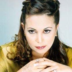 ADRIANA AZZI | Social Profile
