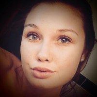 Céline Martin | Social Profile