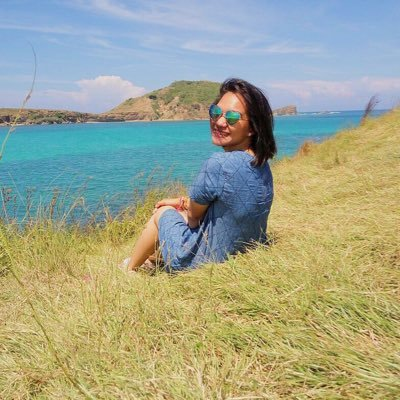 Triya Nisya Social Profile