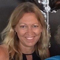 Lizzie Clout | Social Profile