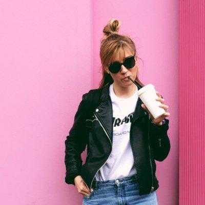 Roxanne | Social Profile