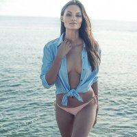 AnneMK | Social Profile