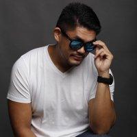 Vince Teotico | Social Profile