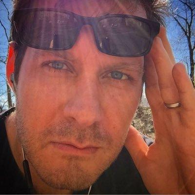 Robert Caplin | Social Profile