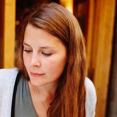 Lizzie Kamenetzky | Social Profile