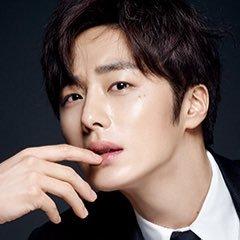Jung Il Woo 정일우 Social Profile