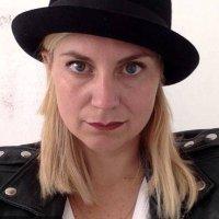 Pia Pons | Social Profile