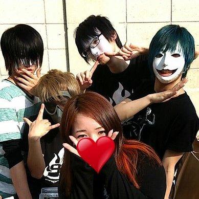 *ЙΘΖΘΜΙ*@にゃんこ | Social Profile