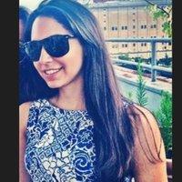 Leilah ♛ Escalera | Social Profile
