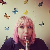 Anne Cupcake | Social Profile