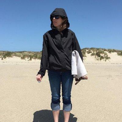 Sarah Harris   Social Profile