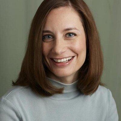 Lisa Waddle | Social Profile