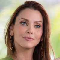 Gaby Vergara | Social Profile