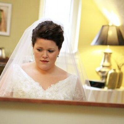 Beth Treado Simms   Social Profile