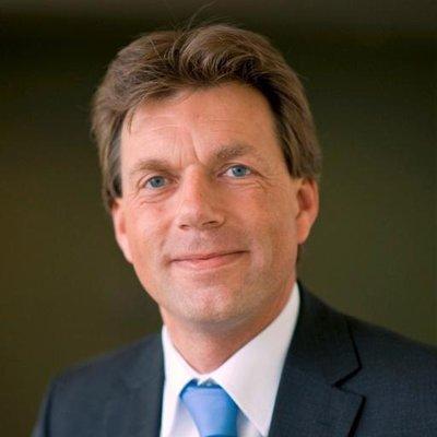 Ton de Vries | Social Profile