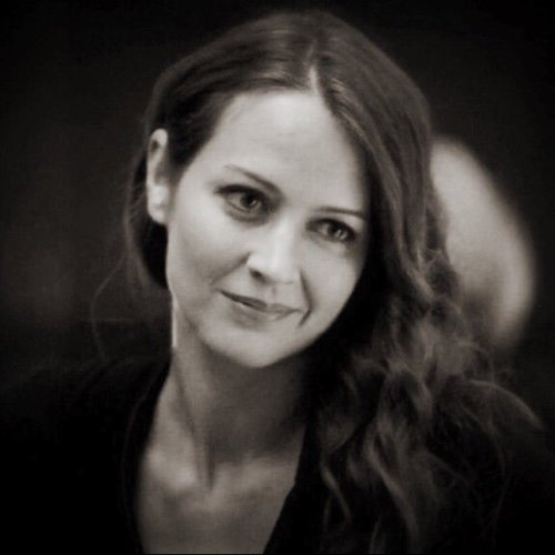 Amy Acker Social Profile