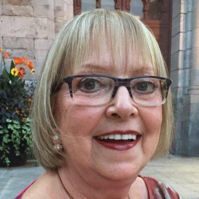 Suzanne  Martel Social Profile