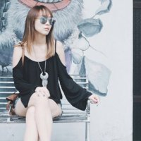 Julie Tan 陈欣淇 | Social Profile