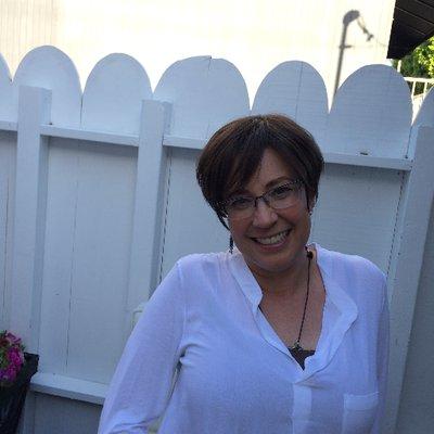 Lori Marx-Rubiner | Social Profile