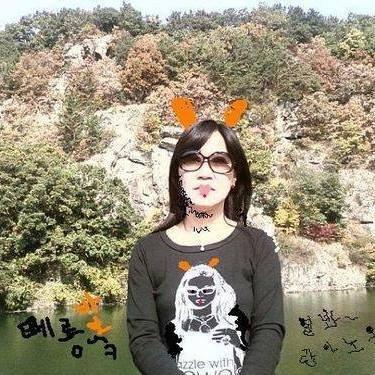 lana 蘭兒 반딧불 사회정화 | Social Profile