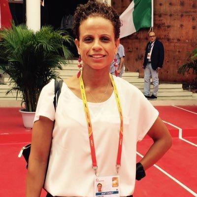 joanna hayes   Social Profile