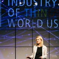 Kelli Carlson ✩ | Social Profile