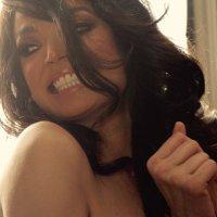 Chelsi Smith | Social Profile