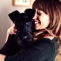 Hannah Rochell | Social Profile