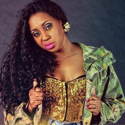 Dama do Bling | Social Profile