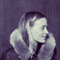 lisa kerr | Social Profile