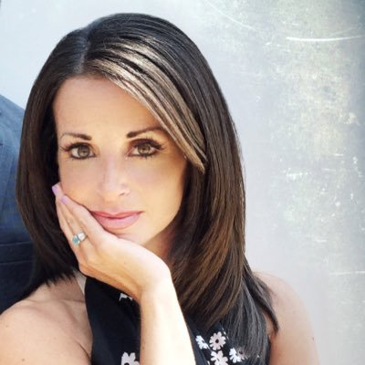 Hollie Giangreco | Social Profile