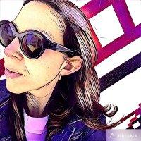 Laura Hertzfeld | Social Profile