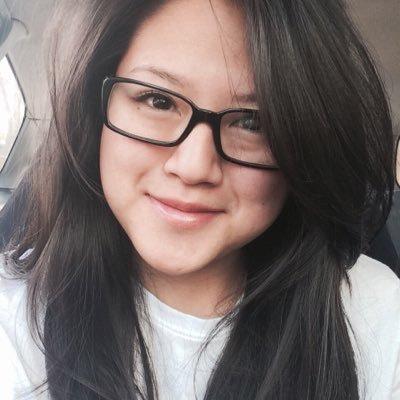 Reni Indrawan | Social Profile