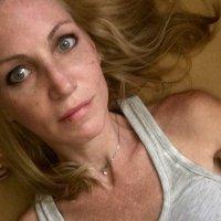 Alli Breen | Social Profile