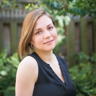 Nicole Axworthy | Social Profile