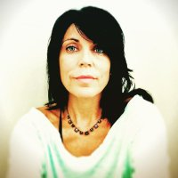Melanie Buffett   Social Profile