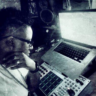 Rayn Female Producer | Social Profile