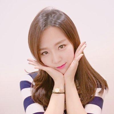 Kim Yewon   Social Profile