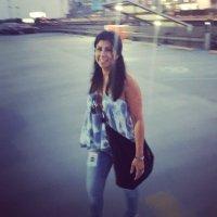 Claudia Dominguez | Social Profile