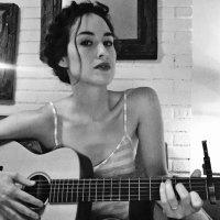 Alison Luff | Social Profile